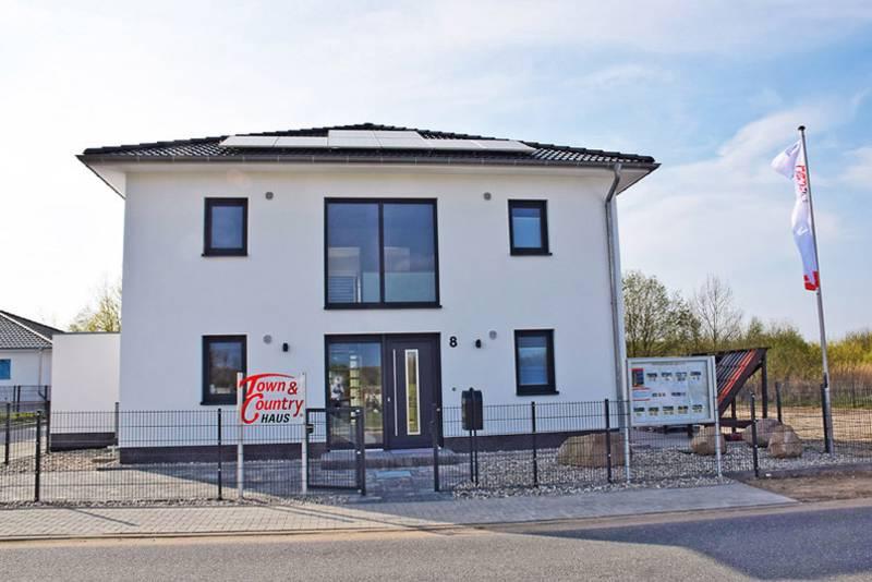 Town & Country Haus eröffnet das 80. Musterhaus